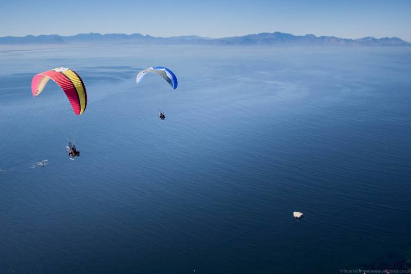 Paramotors over False Bay:  MDK (Powerplay Scorpio with Nirvana 190) and ANT (Ozone Speedster wit PAP Moster 185) flying south along the Cape Peninsula